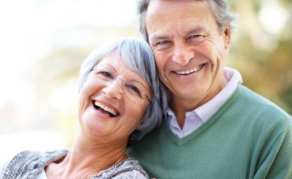 30% скидка пенсионерам на консультацию офтальмолога с полным офтальмологическим обследованием картинка